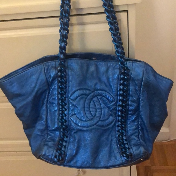 CHANEL Handbags - Auth Chanel Luxury Ligne tote metallic blue